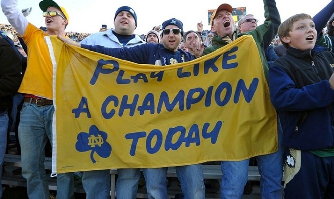notre-dame-football-fans