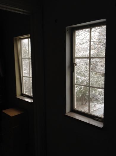 snowing morning